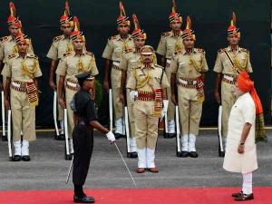 10 बातें जिनकी वजह से पाकिस्तान को युद्ध के लिए नहीं ललकार रहे नरेंद्र मोदी