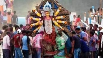 यहां 19 साल से साथ मिलकर सभी त्योहार मना रहे हिंदू-मुस्लिम