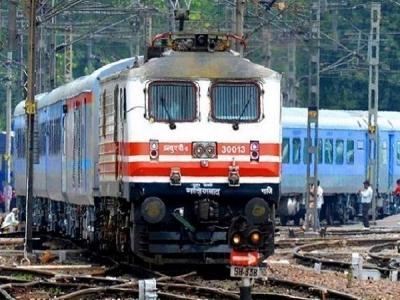 अब IRCTC ने नहीं मिलेगा आई टिकट, रेलवे ने बंद की सर्विस