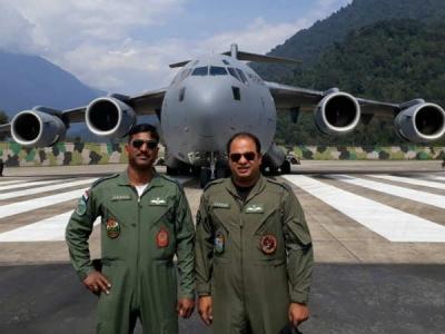 चीन के करीब IAF के सबसे बड़े एयरक्राफ्ट C-17 की लैंडिंग