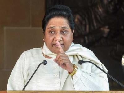 मायावती ने कैसे रचा कर्नाटक का चक्रव्यूह, जिसमें फंसी बीजेपी
