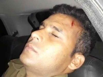 मुठभेड़ के बाद 15 हजार का इनामी गिरफ्तार, दरोगा को भी घायल
