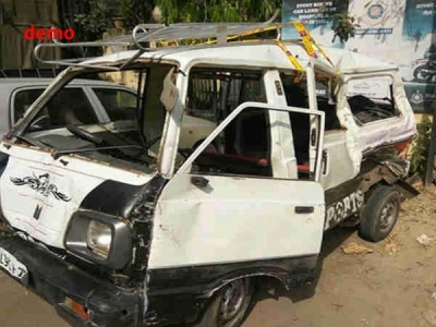 बिहार:स्कूल वैन पर गिरी हाईटेशन लाइन, 2 बच्चों की झुलसकर मौत