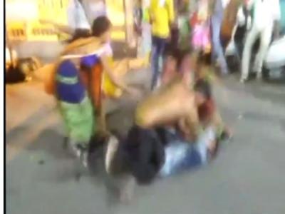 उज्जैन:महाकाल मंदिर में जमकर  हुई मारपीट, पुलिस को भनक नहीं