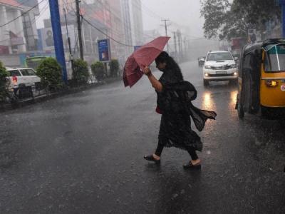 पूर्वी उत्तर प्रदेश में आंधी तूफान और ओलावृष्टि की चेतावनी