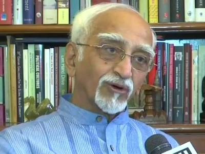 थरूर के'हिंदू पाकिस्तान' वाले बयान पर क्या बोले हामिद अंसारी