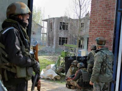 जम्मू कश्मीर:लगातार दूसरे दिन सीआरपीएफ पोस्ट पर ग्रेनेड हमला