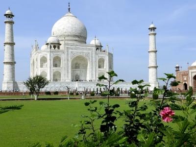 महंगा हुआ ताजमहल समेत 16 स्मारकों का दीदार, अब ये है नया रेट
