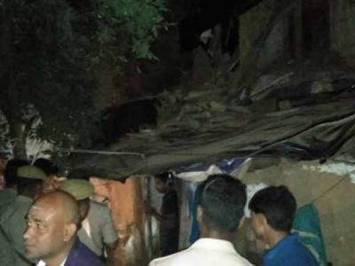 इलाहाबाद: जर्जर छात्रावास की छत ढही, भाई-बहन की हुई मौत
