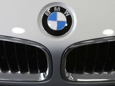 साउथ कोरिया में BMW की कारों में चलते-चलते लग रही आग