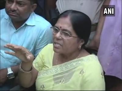 Muzaffarpur Case: पूर्व मंत्री मंजू वर्मा के खिलाफ FIR दर्ज