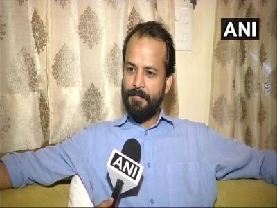 AAP से इस्तीफा देने के बाद मीडिया के सामने आए आशीष खेतान
