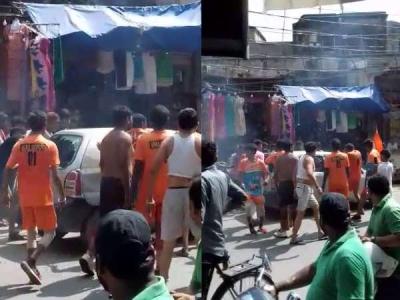 मुजफ्फरनगर में कांवड़ियों ने कार में की तोड़फोड़, मारपीट