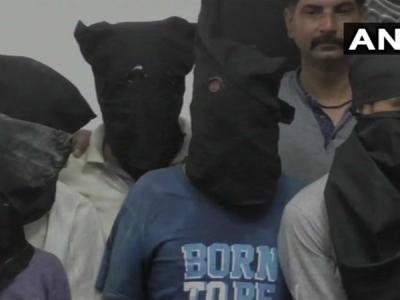 अलीगढ़: 6 लोगों की हत्या के मामले में 5 आरोपी गिरफ्तार