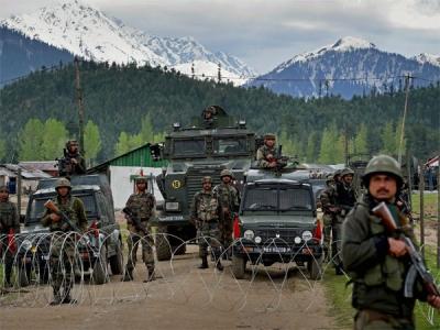 जम्मू-कश्मीर: सुरक्षाबलों के कैंप पर ग्रेनेड अटैक