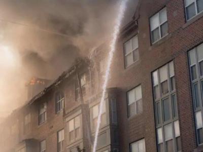 आग से तबाह हुई बिल्डिंग में पांच दिन बाद जिंदा मिला बुजुर्ग