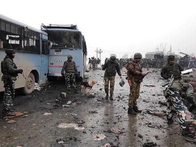 पुलवामा अटैक की साजिश में पुलिस ने सात को हिरासत में लिया