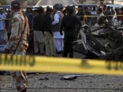 पाकिस्तान की सेना के काफिले पर आत्मघाती हमला, नौ की मौत
