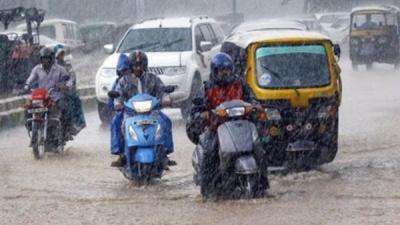 दुर्गा पूजा के बीच IMD ने दी भारी बारिश की चेतावनी