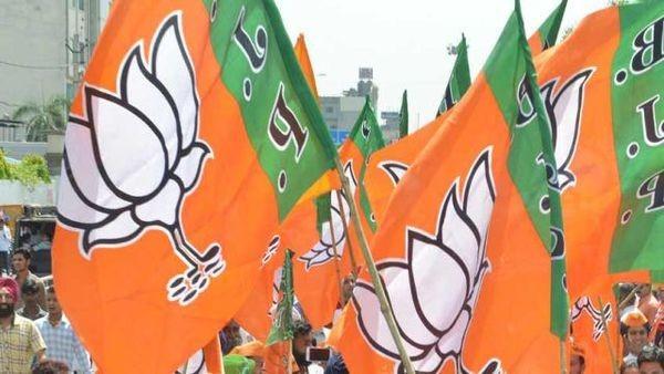 भाजपा टॉप और कांग्रेस पहुँची सबसे नीचे