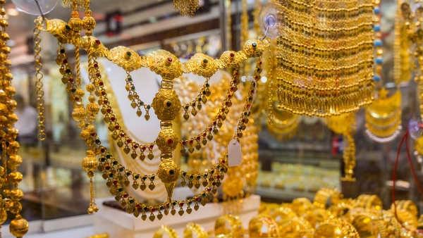 Gold Rate on Makar Sankrati: मकर संक्रांति पर और सस्ता हुआ सोना, चांदी की चमक पड़ी फीकी, जानें आज का रेट