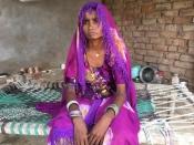 पाकिस्तानी चुनाव में पहचान को तरसतीं हिंदू महिलाएँ