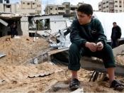 इसराइल ने गज़ा में किए दर्जनों हवाई हमले