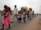 कोरोना : महाराष्ट्र में लॉकडाउन जैसी पाबंदी की क्यों आई नौबत, कहाँ चूक गई सरकार?