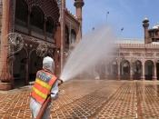 कोरोनाः भारत में कोहराम से पाकिस्तान में भी बढ़ गई है बेचैनी
