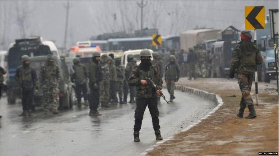 पुलवामा हमले से सरकार की सैन्य नीति पर...