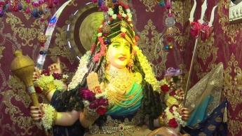 पाकिस्तान के कराची शहर का रणछोड़ लेन और नवरात्र मनाते हिंदू